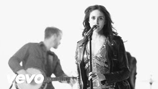 Kelleigh Bannen - Smoke When I Drink