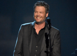 Blake Shelton Plans Another Surprise Show for Fans