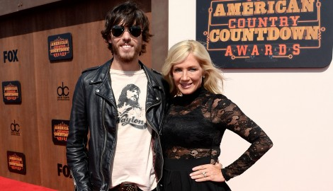 Chris Janson Puts Family First in 'Holdin' Her' Music Video