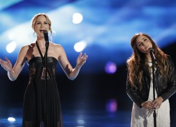 Alisan Porter Sings 'Unlove You' With Jennifer Nettles on The Voice Finale