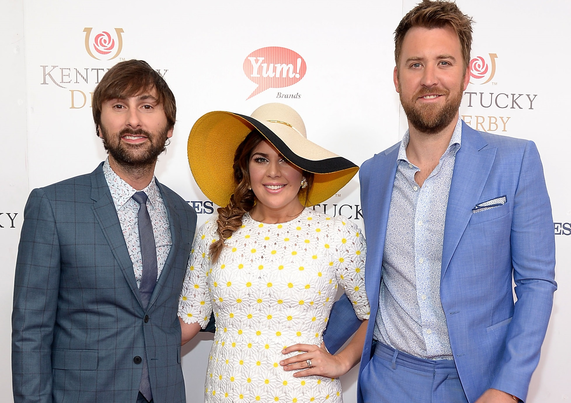 Lady Antebellum Sings The National Anthem In Pouring Rain