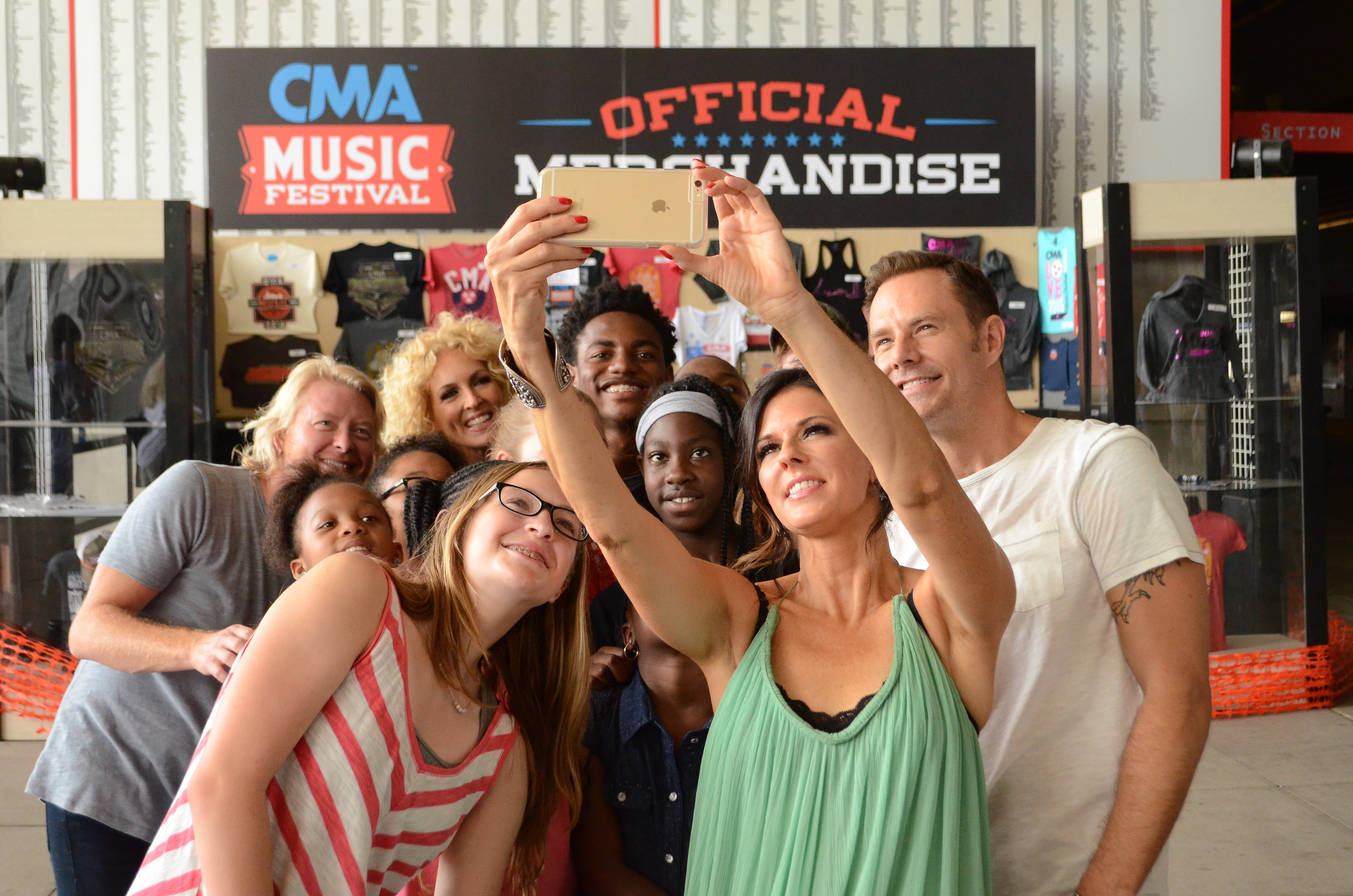 The Types Of People You Will Totally See At Cma Fest Sounds Like