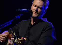 Blake Shelton Brings the Hits (And Laughs) to 12th Annual Stars For Second Harvest Concert