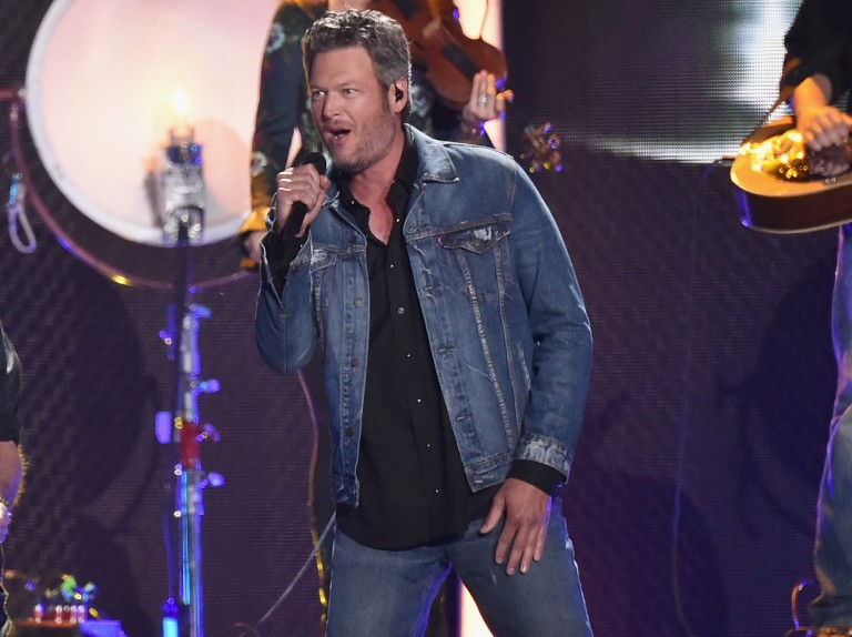 Blake Shelton Announces Surprise Show in Kansas City