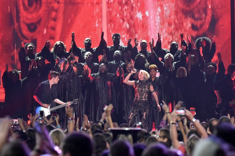 Carrie Underwood Rocks the CMT Stage During 'Church Bells' Performance at CMT Awards