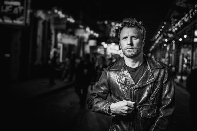 Dierks Bentley's 'Black' Debuts at No.1