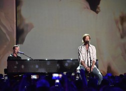 """Florida Georgia Line Wows Crowd with Performance of """"H.O.L.Y."""" on CMT Awards"""