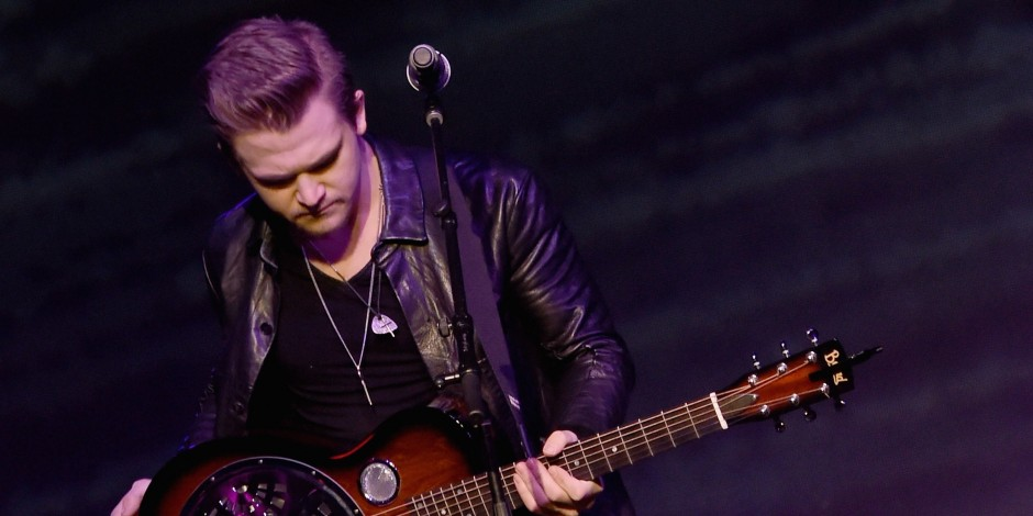 Blue Angels Jet Crashes in Tennessee One Day Before Hunter Hayes Set to Fly With Pilots