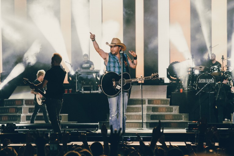 Jason Aldean Closes Country LakeShake with a Bang