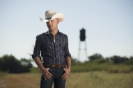 Justin Moore Praises Poyen, AR Fire Department After Pasture Catches on Fire