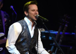 Charles Esten Talks 'Every Single Friday,' Evolution of 'Nashville'