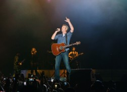 Blake Shelton Brings the Laughs and Hits to Boots & Hearts