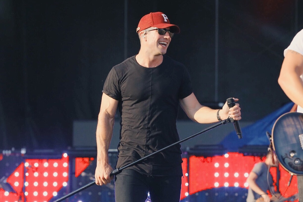 Dierks Bentley, Sam Hunt Close Out Boots & Hearts Festival Day Two