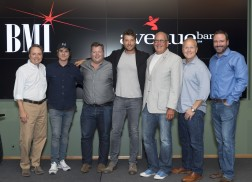 Brett Eldredge Celebrates Fifth No. 1 Single, 'Drunk On Your Love'