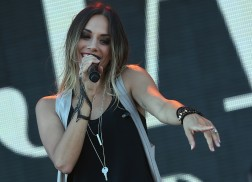 Jana Kramer Thanks Fans for Support Following Separation from Husband
