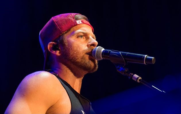 Kip Moore, Dustin Lynch Bring the Heat to Nashville's Guitar-B-Que
