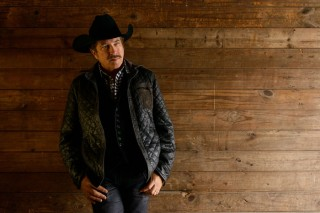 The Stories That Evolved into Kix Brooks' Cookbook