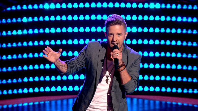 Billy Gilman Sings Adele for Blind Audition on 'The Voice'