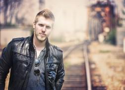 Brandon Ray Debuts 'American Way' Lyric Video