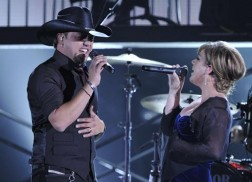 Throwback Thursday: Remember When Jason Aldean Teamed Up with Kelly Clarkson for 'Don't You Wanna Stay' at the CMA Awards?