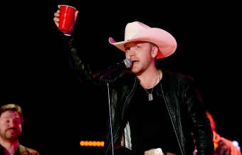 Justin Moore Notches Another No.1