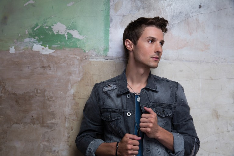 Ryan Follese Brings Summer Libations to 'Float Your Boat' Video