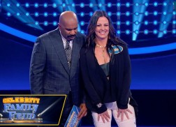 Sara Evans and Family Win $25k for St. Jude Children's Research Hospital on 'Celebrity Family Feud'