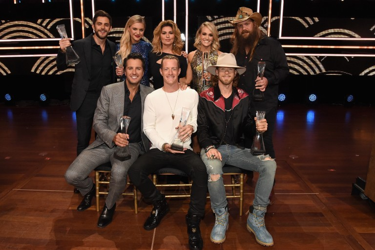 Country's Biggest Artists Celebrated at 2016 CMT Artists of the Year