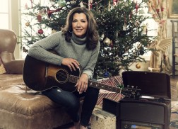 Amy Grant Talks 'Tennessee Christmas'