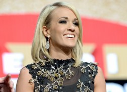 Carrie Underwood Leads American Music Awards' Country Nominees