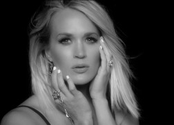 Carrie Underwood Sizzles in Music Video for 'Dirty Laundry'