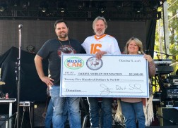 Darryl Worley Hosts 15th Annual Tennessee River Run