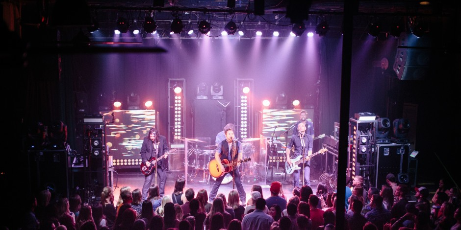 Eli Young Band Perform the Hits, Debut New Material at Intimate Nashville Show
