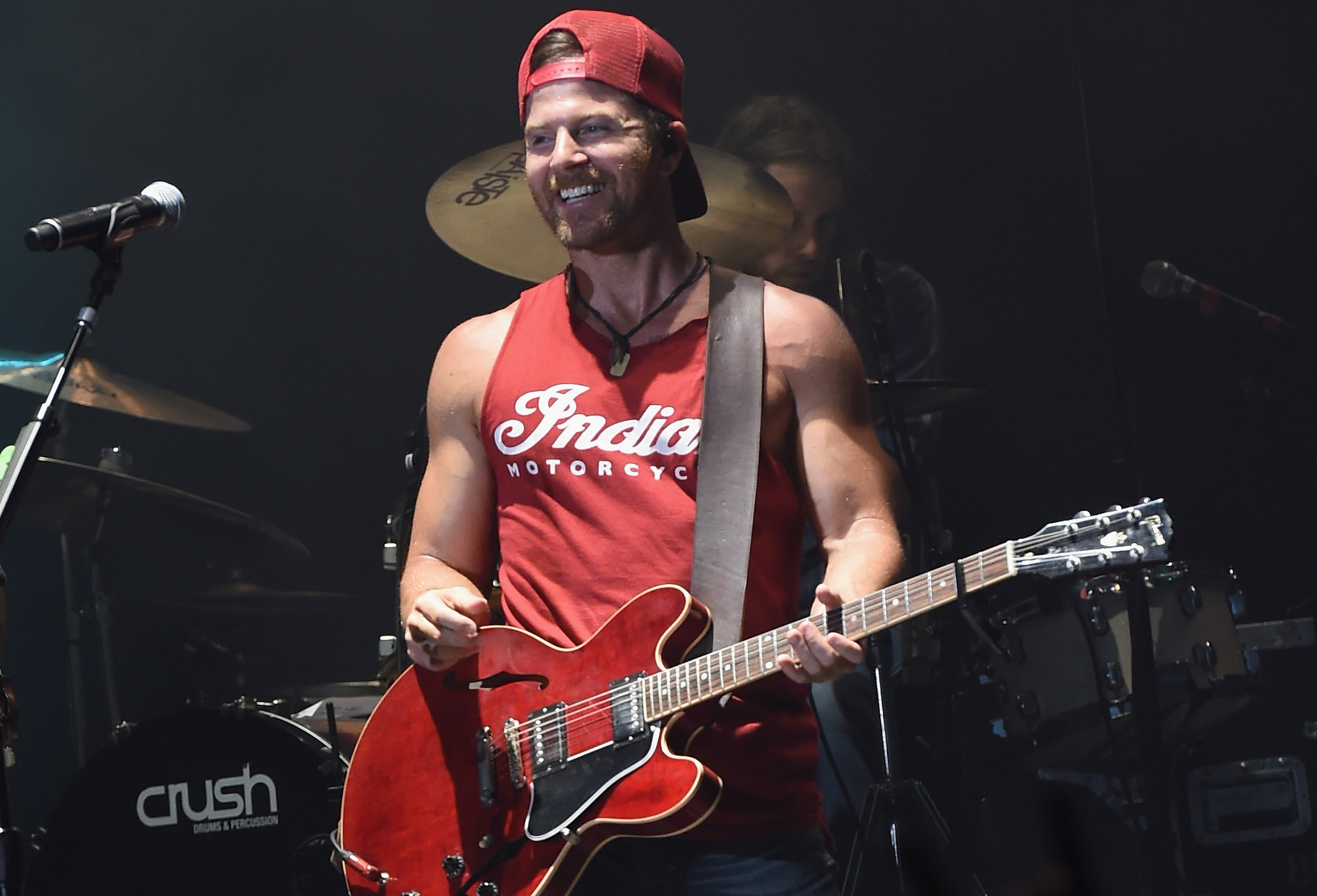 Kip Moore Reveals He Will Take a Break in 2017