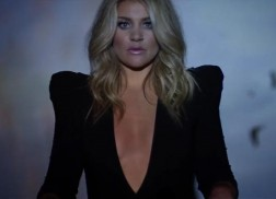Lauren Alaina Faces Body Image Issues Head-On in 'Road Less Traveled' Music Video