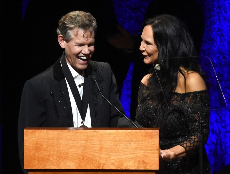 Randy Travis Wows Crowd with Rendition of 'Amazing Grace' at Hall of Fame Induction