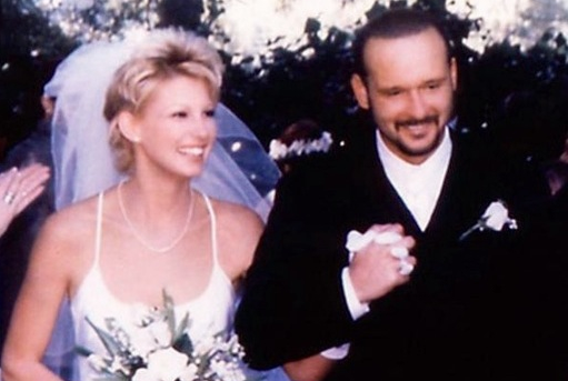 Throwback thursday tim mcgraw and faith hill said 39 i do for How old are tim mcgraw and faith hill s kids