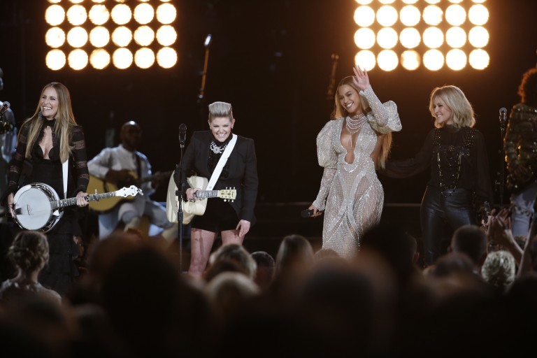 Beyoncé and Dixie Chicks Fire Up CMA Awards with Epic Collaboration
