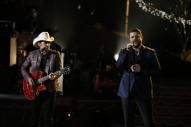 Chris Young and Brad Paisley Sing 'The First Noel'