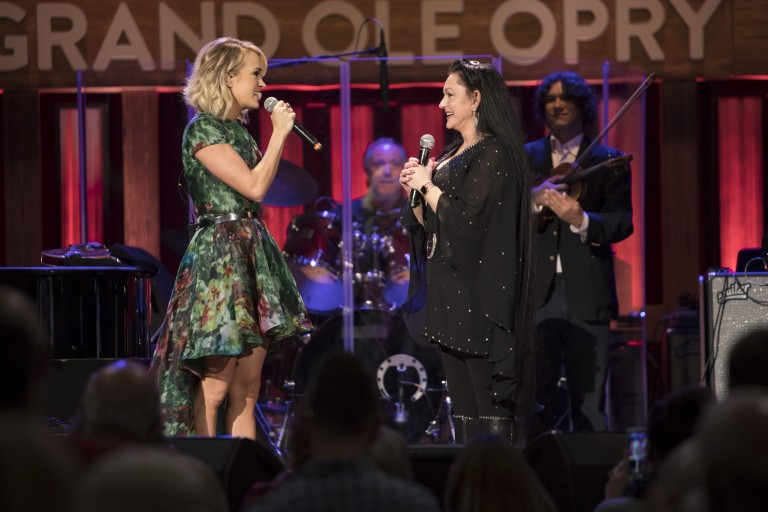 Carrie Underwood Invites Crystal Gayle to Join the Grand Ole Opry