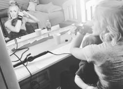 Carrie Underwood Multitasks Motherhood with Pre-Concert Ritual