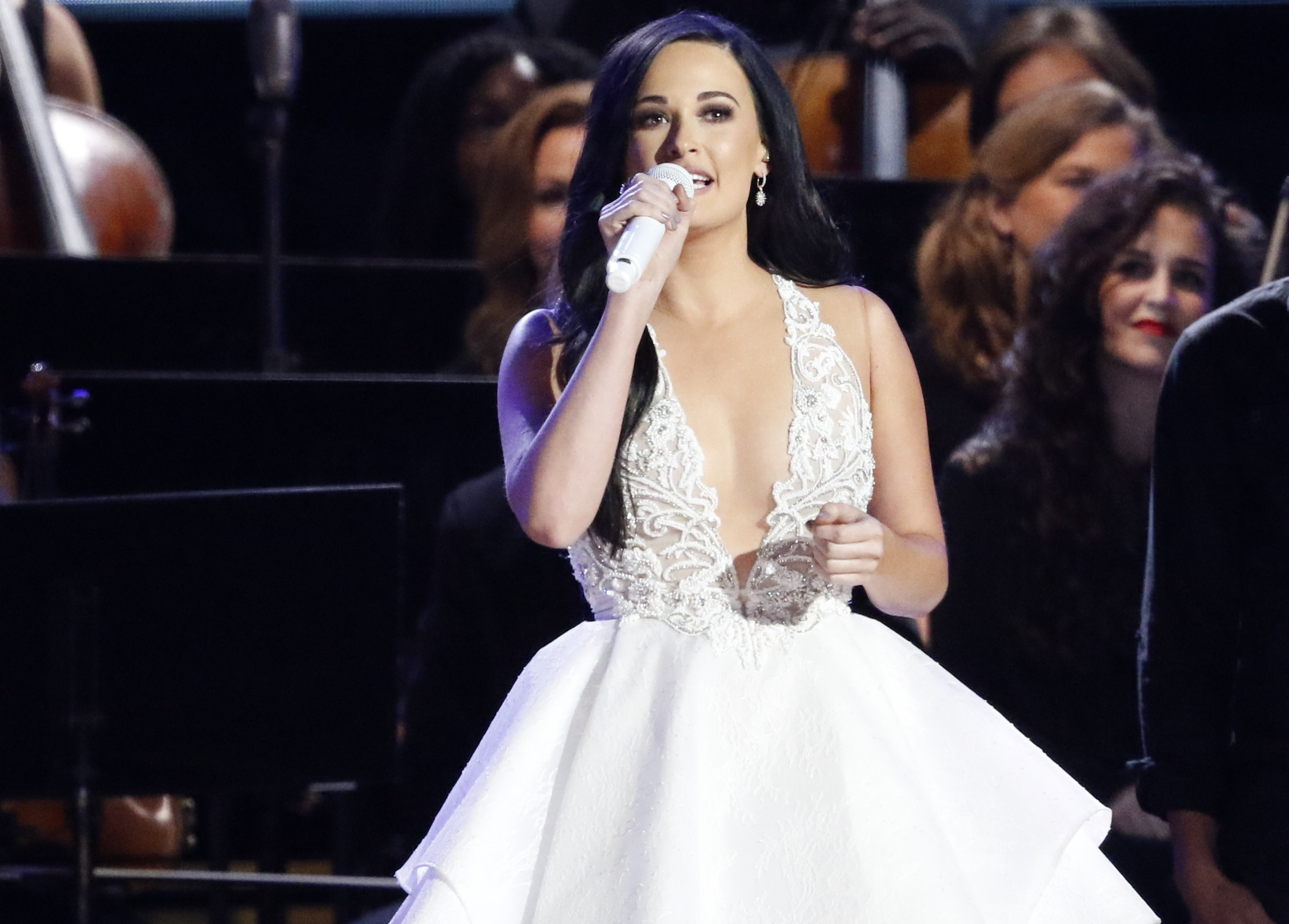 Kacey Musgraves Shares Story Behind \'A Willie Nice Christmas ...