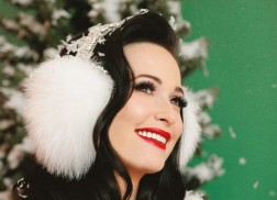 Kacey Musgraves Excited to Spend Christmas in Her New Home