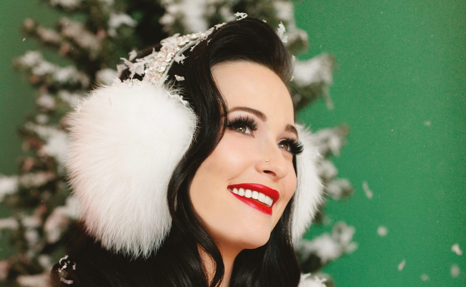 Kacey Musgraves Excited to Spend Christmas in Her New Home | Sounds ...