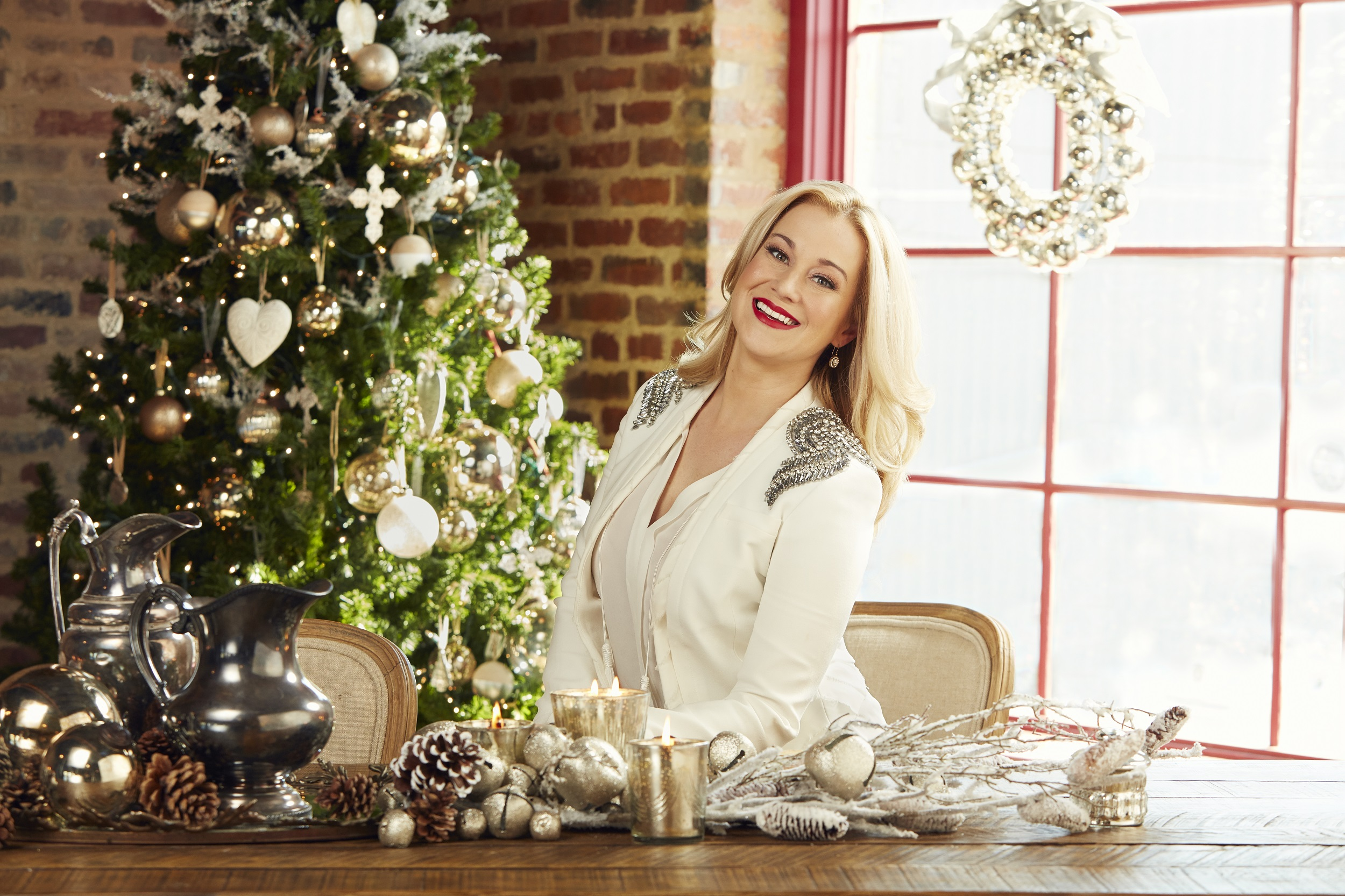 kellie pickler launches holiday home goods collection