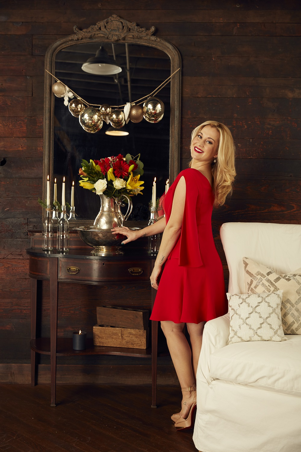 Kellie Pickler Launches Holiday Home Goods Collection | Sounds Like ...