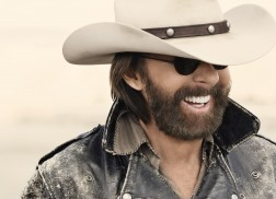 Ronnie Dunn Did a Complete 180 When Making 'Tattooed Heart'
