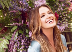 'Every Little Thing' with Carly Pearce — Girls Night Out: Winter Edition