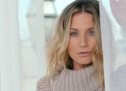 Jennifer Nettles Bids Farewell to Heartbreak in New Music Video