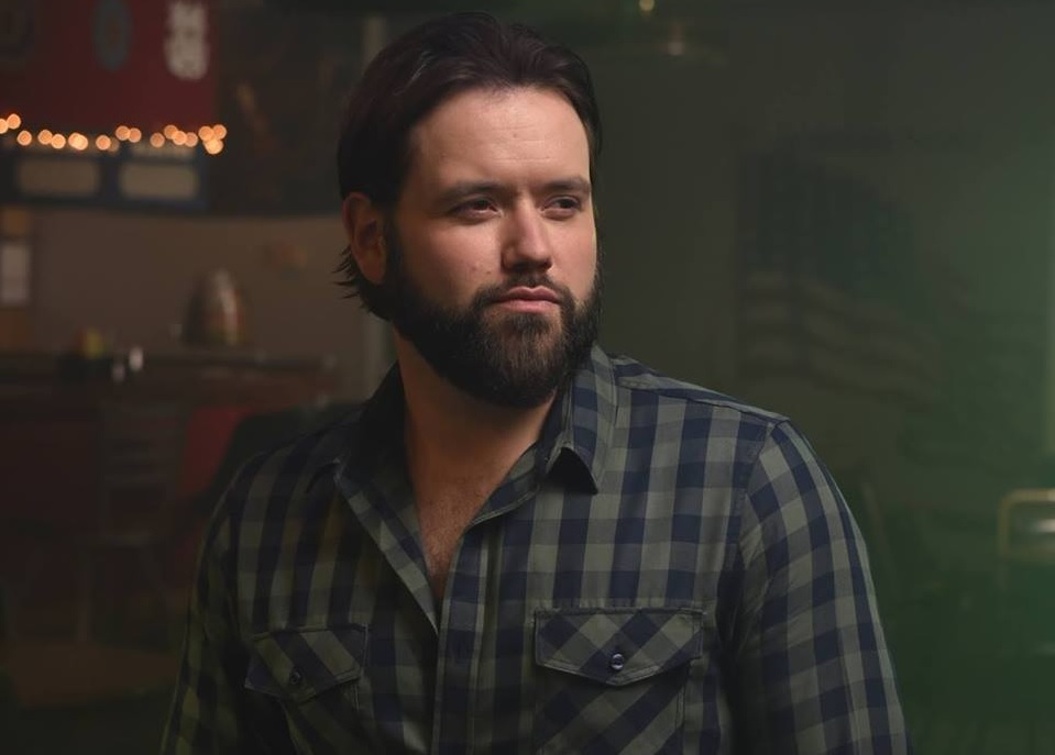 Mike Ryan Finds a 'New Hometown' To Get Over Heartbreak